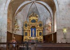 Intérieur de chapelle de Notre Dame de Beauvoir Moustiers Sainte-Marie, Provence, France image libre de droits