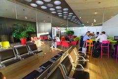 Intérieur de Charles de Gaulle Airport Photos stock