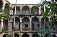 Intérieur de construction de La Havane photographie stock
