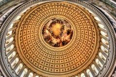 Intérieur de dôme de capitol des USA Images libres de droits