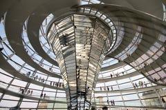 Intérieur de dôme de Reichstag Images libres de droits