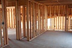 Intérieur de encadrement de construction neuve Photographie stock libre de droits