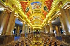 Intérieur de galerie de casino au Macao Photos libres de droits