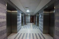 Intérieur de hall d'ascenseur photo libre de droits