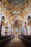 Intérieur de l'église de jésuite, Vienne Photo stock