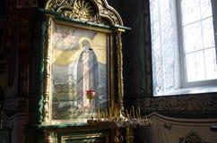 Intérieur de l'église orthodoxe photographie stock