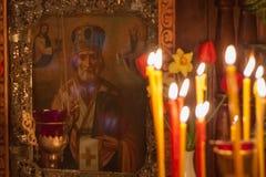 Intérieur de l'église orthodoxe russe. Image stock