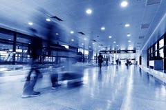 Intérieur de l'aéroport de pudong de Changhaï Photographie stock libre de droits