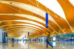 Intérieur de l'aéroport de pudong de Changhaï Images stock