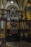 Intérieur de la basilique de Vierge Marie de Montserrat, Espagne photos stock
