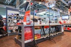Intérieur de la M-vidéo de boutique de l'électronique en Samara, Russie Photographie stock