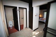 Intérieur de la salle de toilette, carte de travail, toilette, salle de bains, toilettes, toilettes Image libre de droits