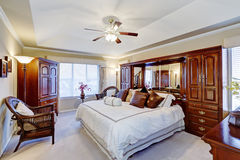 Intérieur de luxe de chambre à coucher principale Photo libre de droits