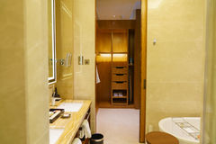 Intérieur de luxe de salle de bains Images libres de droits