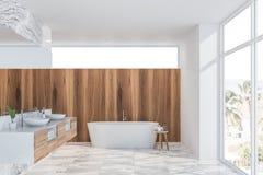 Intérieur de marbre et en bois blanc de salle de bains illustration libre de droits