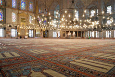 Intérieur de mosquée bleue image stock