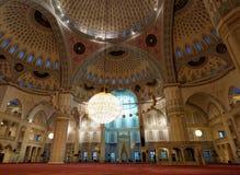 Intérieur de mosquée de Kocatepe, Ankara, Turquie Photos libres de droits