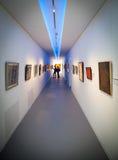 Intérieur de musée Danubiana, Bratislava - Slovaquie Photo stock