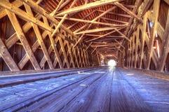 Intérieur de passerelle couverte de moulin de Watson Image libre de droits