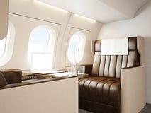 Intérieur de photo d'avion privé de luxe Chaise en cuir vide, table générique moderne d'ordinateur portable de conception Écran b photo libre de droits
