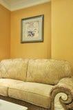 Intérieur de pièce et sofa de tissu Images stock