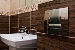 Intérieur de salle de bains Photo stock