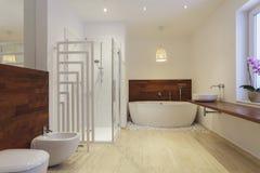 Salle de bains exotique photographie stock libre de droits