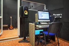 Intérieur de studio d'enregistrement sonore photos libres de droits