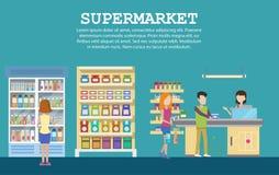 Intérieur de supermarché avec l'épicerie, paquets de lait Photo libre de droits