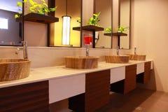 Intérieur de toilettes photos libres de droits