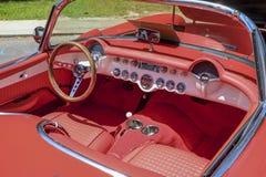 Intérieur de vieille corvette photo stock