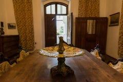 Intérieur de vieille maison, Maldaresti, Roumanie Photo libre de droits