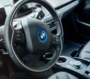 Intérieur de voiture électrique de BMW i1 Images stock