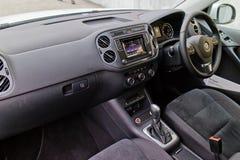 Intérieur de Volkswagen Tiguan 2015 images stock