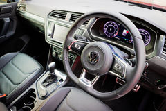 Intérieur de Volkswagen Tiguan R 2017 photographie stock