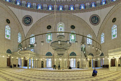 Intérieur de Yavuz Selim Mosque à Istanbul, Turquie Photo stock