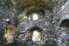 Intérieur des ruines de château en Irlande Photo libre de droits