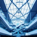 Intérieur du bâtiment moderne Photographie stock libre de droits