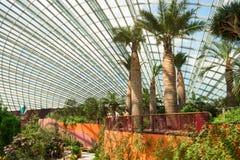 Intérieur du dôme de fleur une attraction centrale aux jardins par t image libre de droits