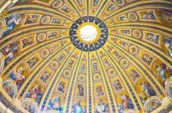 Intérieur du saint Peter Photographie stock libre de droits