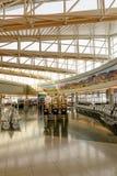 Intérieur du terminal D à l'aéroport international de McCarran Image stock