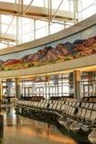 Intérieur du terminal D à l'aéroport international de McCarran Images libres de droits