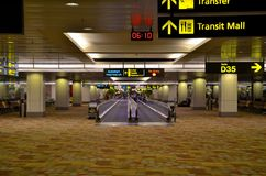 Intérieur du terminal d'aéroport de Singapour Changi Photo libre de droits