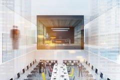 Intérieur en verre et en bois de bureau de patron de mur modifié la tonalité photographie stock