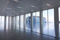 Intérieur en verre moderne de bureau Photo stock