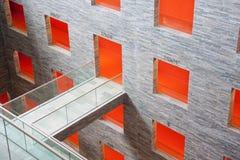 Intérieur futuriste dans une construction moderne Photographie stock libre de droits
