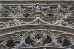 Intérieur gothique d'une église Images libres de droits