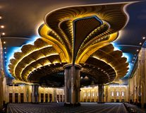 Intérieur grand de mosquée du Kowéit, Kuwait City, Kowéit Photo libre de droits