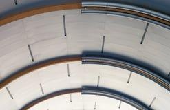 Intérieur industriel avec le plafond en métal Image libre de droits