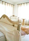 Intérieur léger de chambre à coucher Images libres de droits